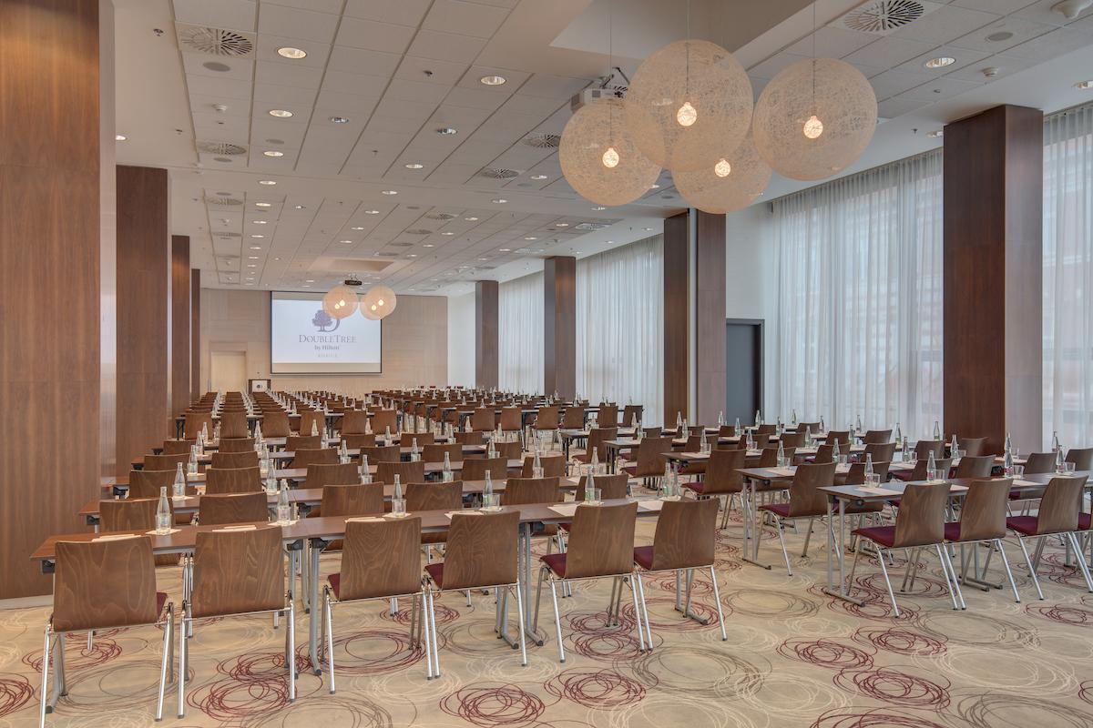 konferencie_double_tree_kosice_konferencie_CassoviaI+II_2
