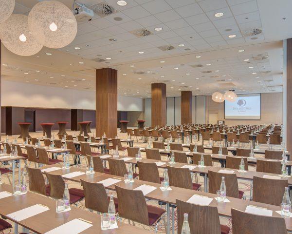 Konferencie_double_tree_CassoviaBallroom