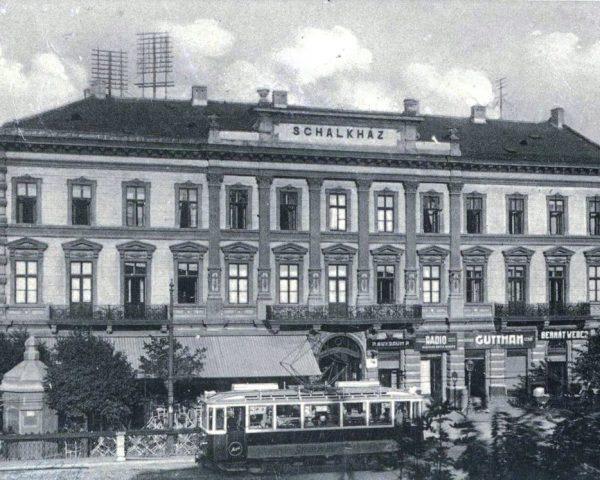 ohoteli_historia_Schalkhaz